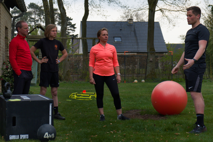 Grip training coaching small group family home genk